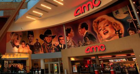Крупнейшая в мире сеть кинотеатров AMC начнет принимать Ethereum, Litecoin и Bitcoin Cash.